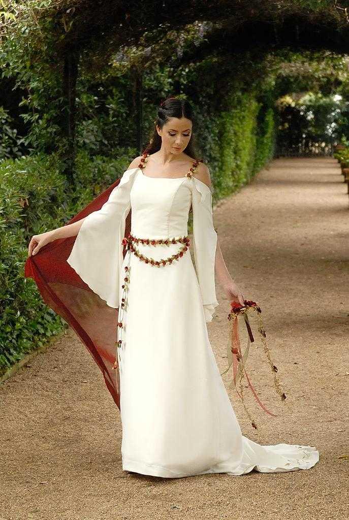 Medieval Donzella